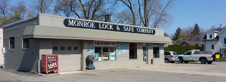 picture of a local gun safe dealership